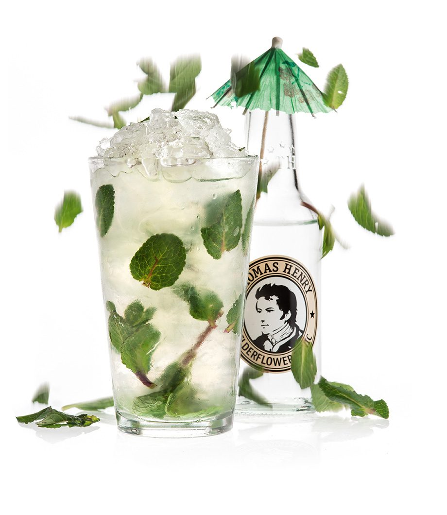 Der Summer Sin mit Thomas Henry Elderflower Tonic