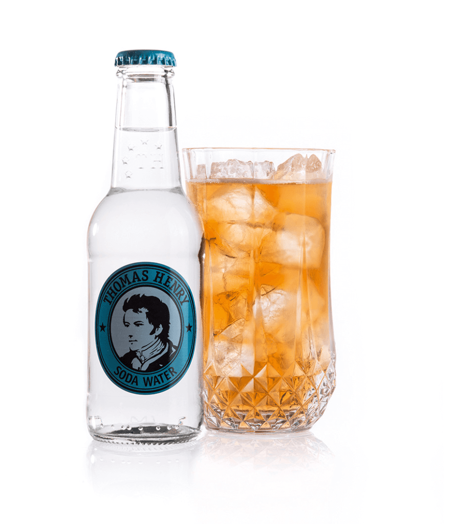 Der Whisky Highball mit Thomas Henry Soda Water