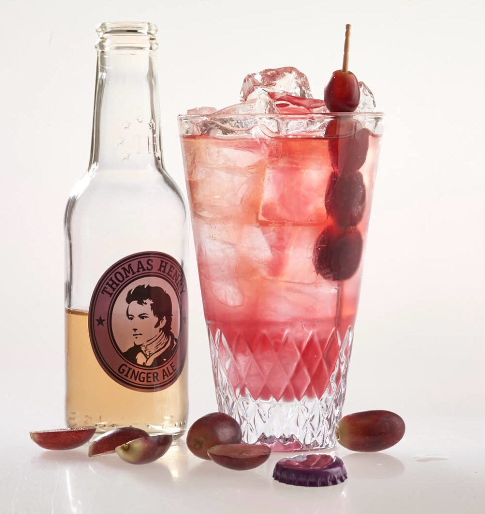 Der Sommer-Cocktail Señor Grape mit Thomas Henry Ginger Ale