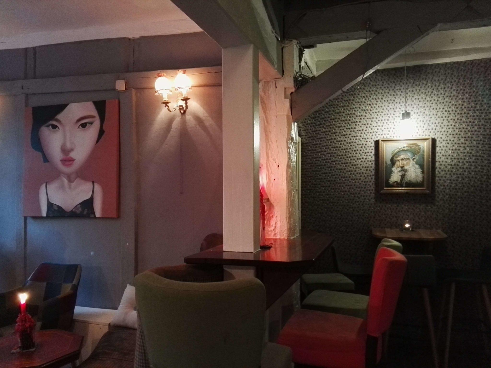 Das Interieur in der Bar Das Schwarze Schaf in Bamberg