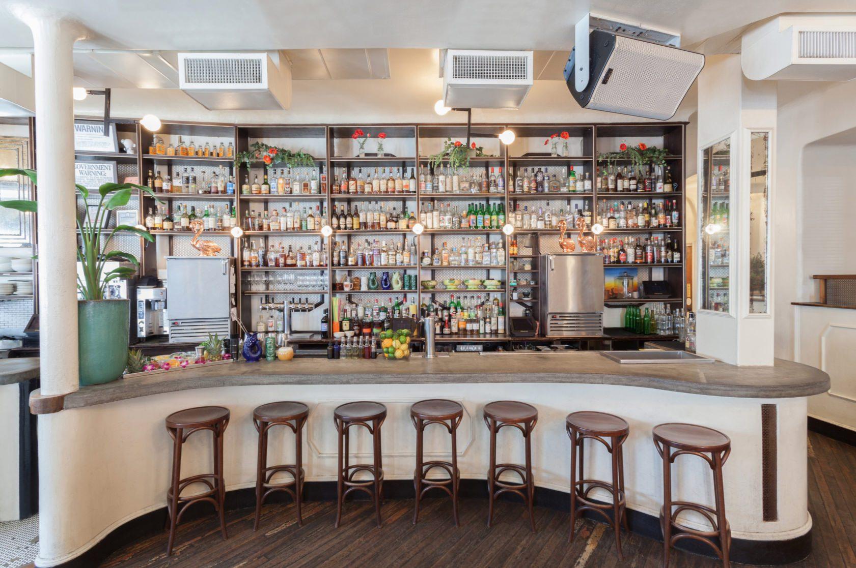 Der Tresen in der Donna Bar in New York