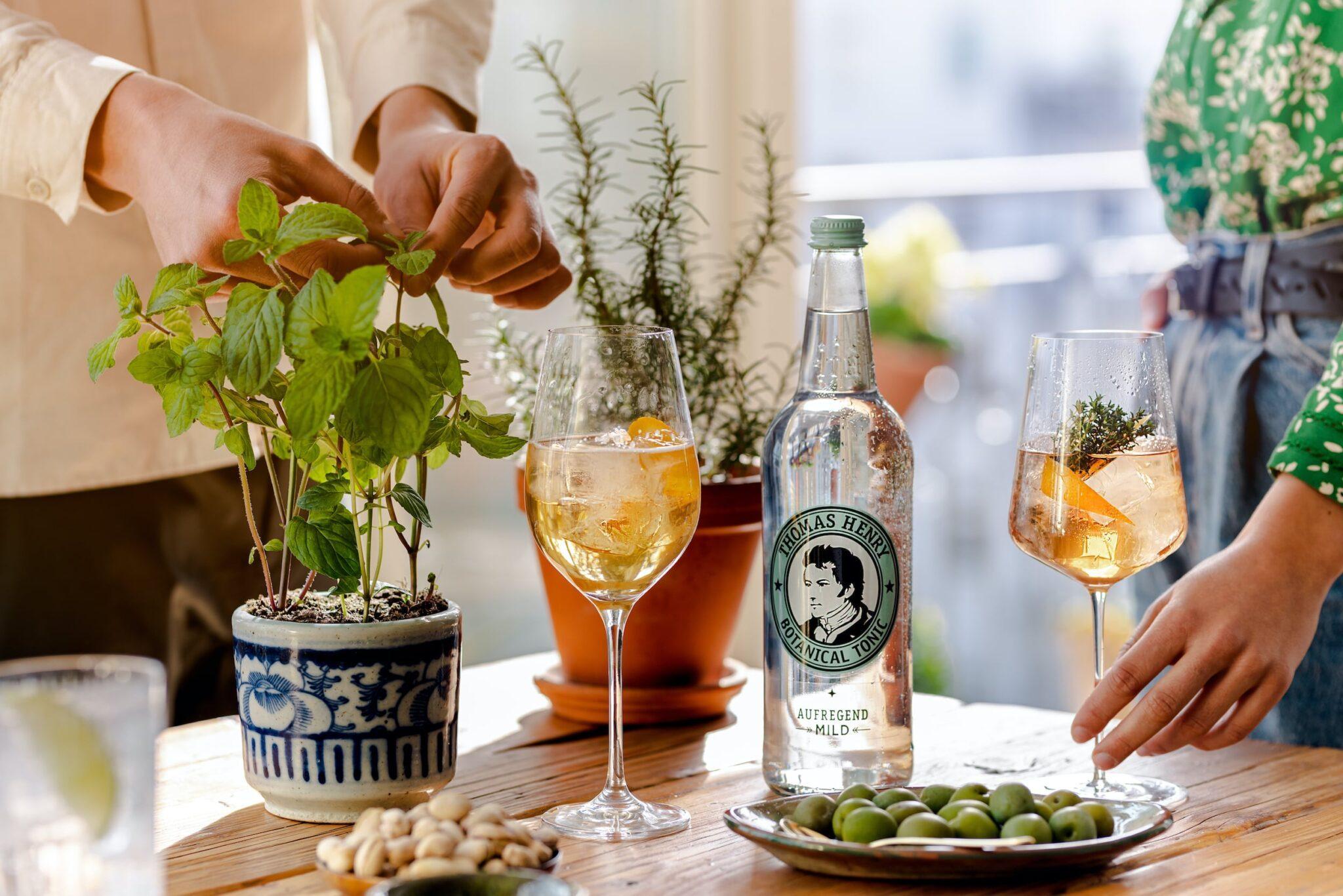 Botanical Vermouth Tonic
