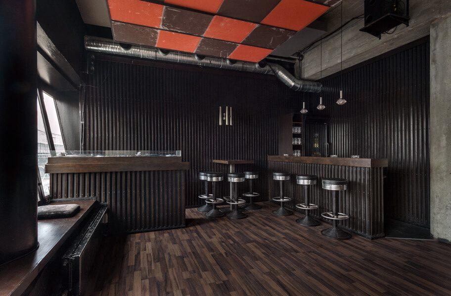 Die Fahimi Bar in Berlin ist offen gestaltet